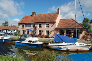 Pleasure Boat Inn, Hickling